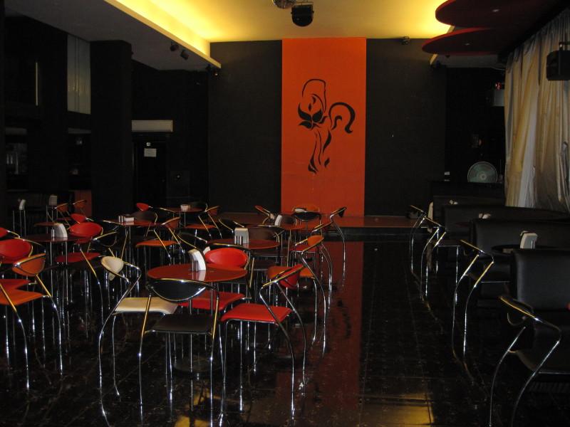 Dance Bar in Mumbai Mumbai Magic Dance Bar0001_1
